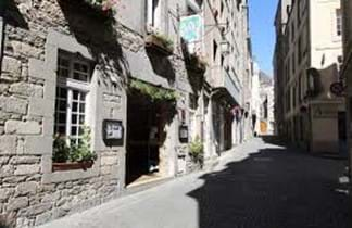 cobbled french street with hotel des abers st malo
