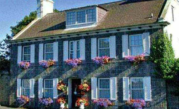 self catering le chene hotel petit pot bay guernsey channel islands