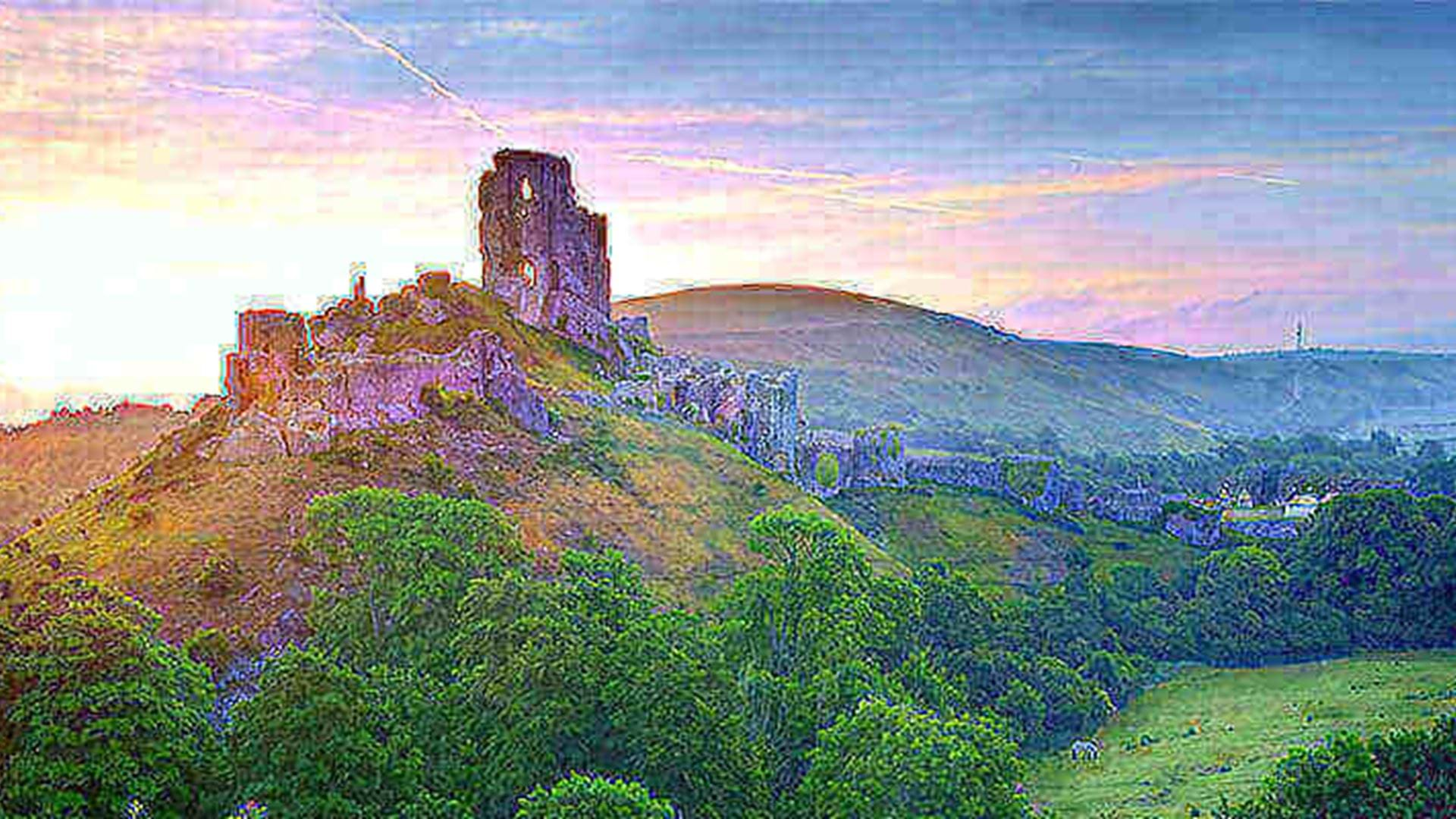 the-sunsets-over-beautiful-corfe-castle-in-dorset