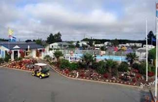 tents and cars at la fontaine campsite st malo