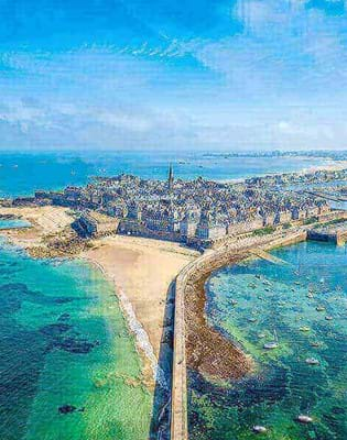 view over st malo brittany blue skies and blue sea